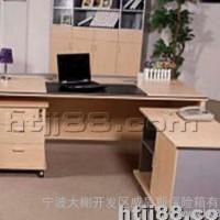 北京直销木质办公桌 ,经理桌,环保家具值得信赖